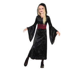 Gothic Hauntress